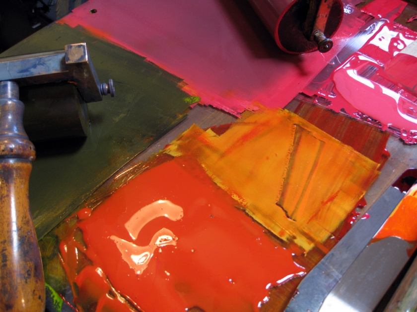 Coloured printing inks